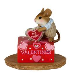 Boy mouse with heat standing on Valentine's Box