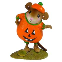 Mouse in pumpkin teapot costume