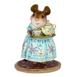 Specail and very detailed dressed mouse carry tray with teapot and cup