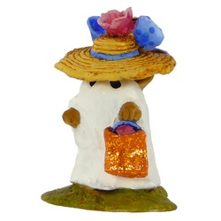 Very young mouse wearing a white sheet with sparkly bag and large flowery hat