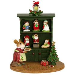 Mrs Mouse arranges in her curio cabinet just in time for Christmas!