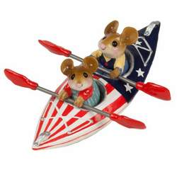 Mouse couple in double canoe painted in USA flag colors